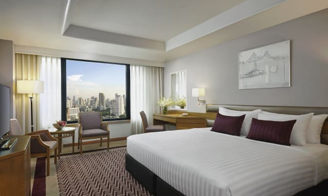 A premier room at AVANI atrium Bangkok