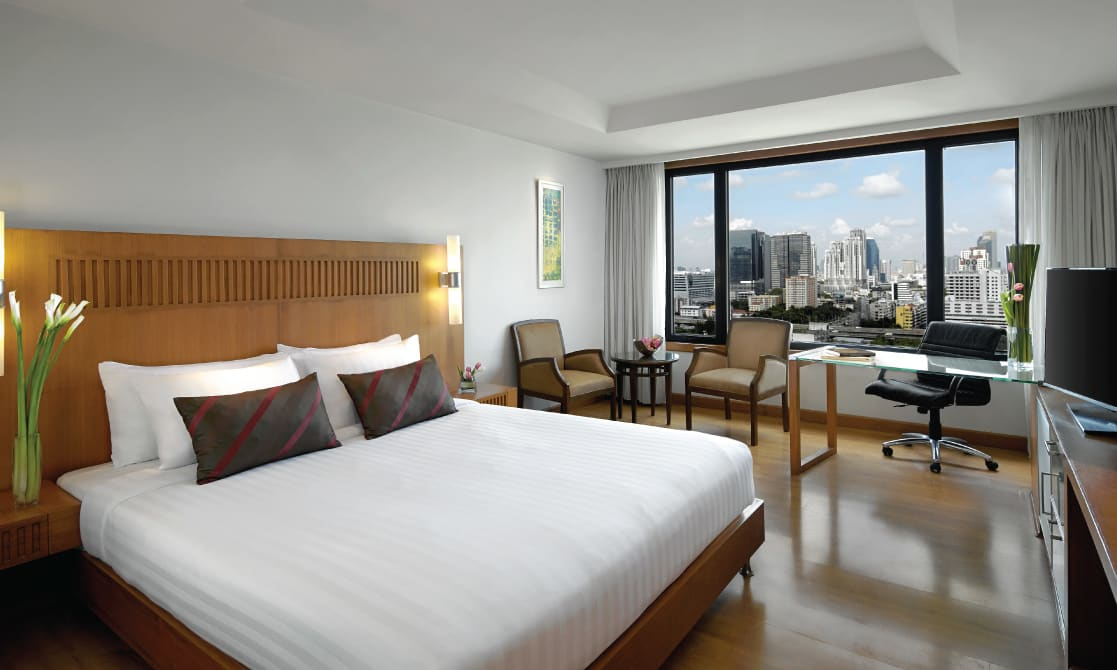Bangkok city hotels Deluxe Skyline room by AVANI