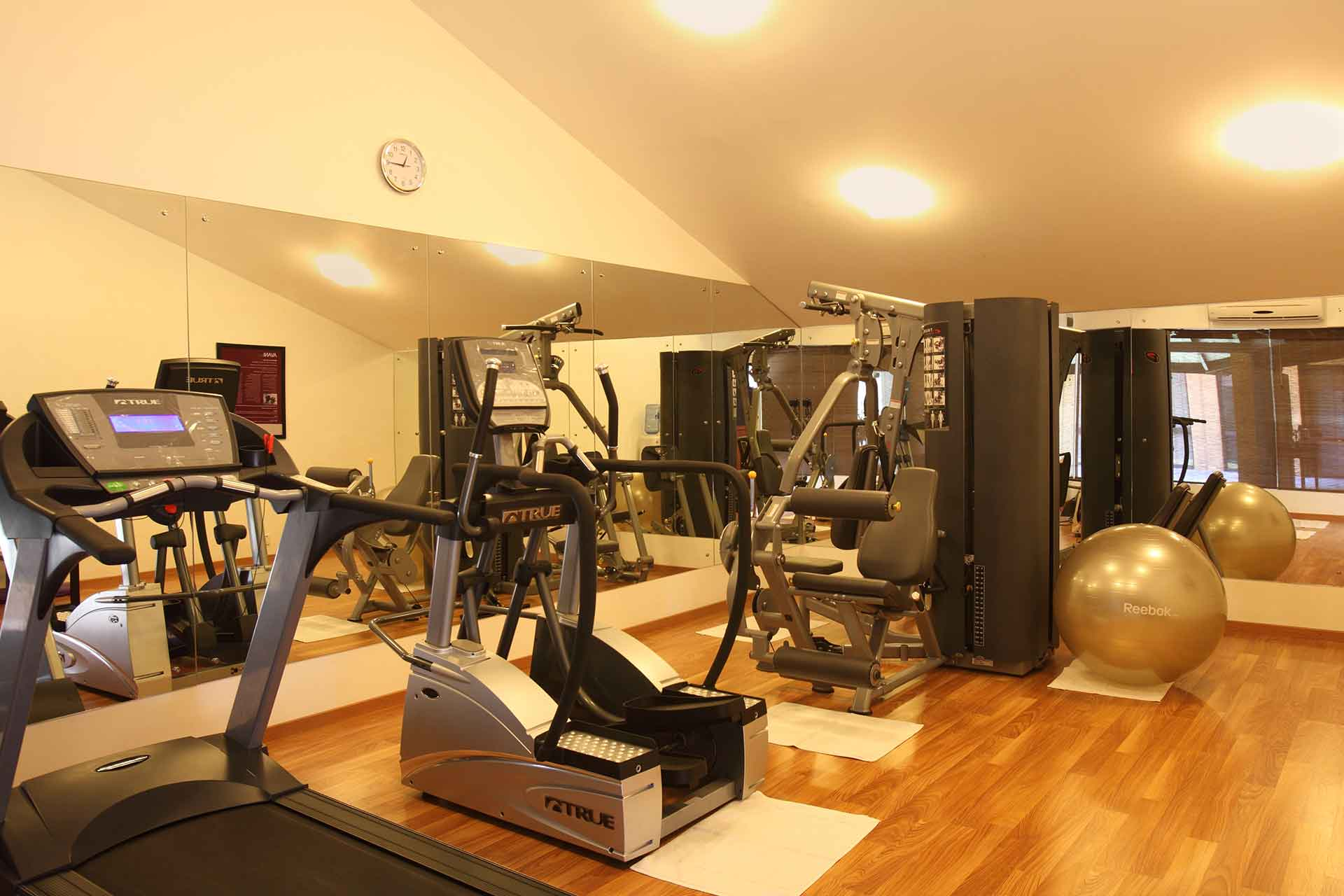 Equipments of the gym at AVANI Bentota