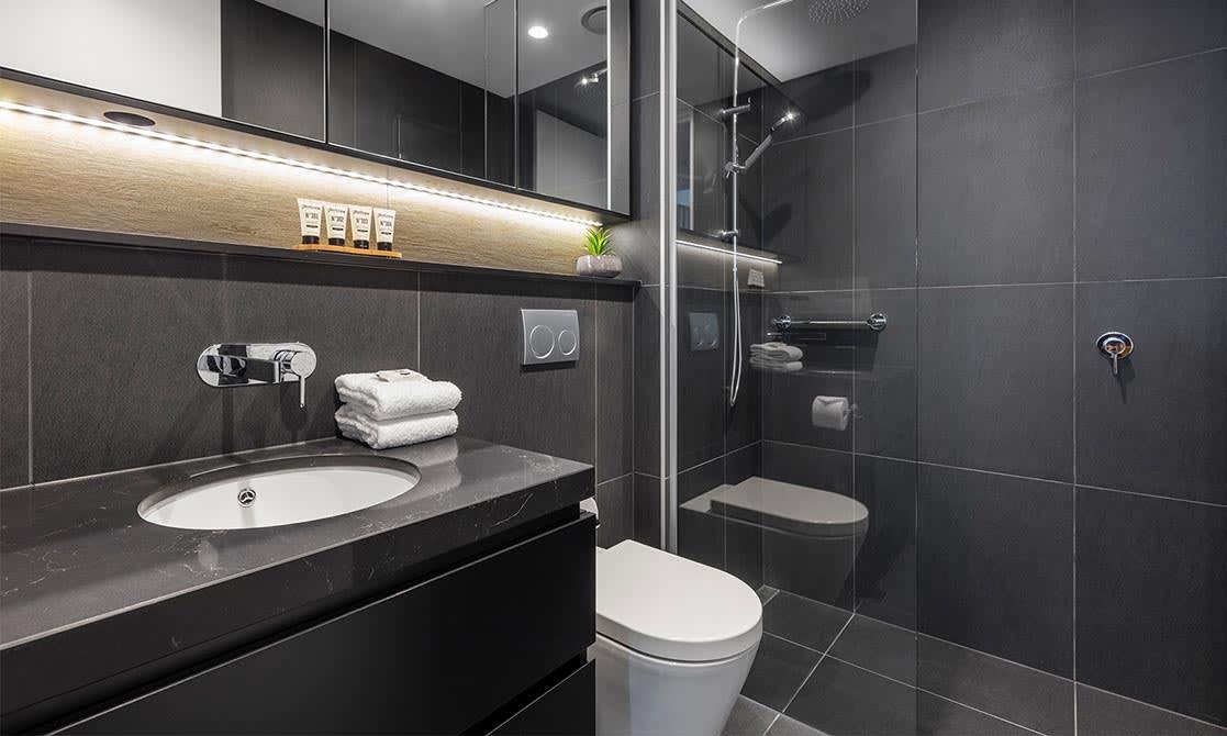One Bedroom Superior Suite Bathroom