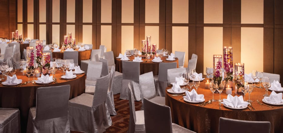 Wedding hotels in Sepang Table Set up by AVANI Goldcoast Resort
