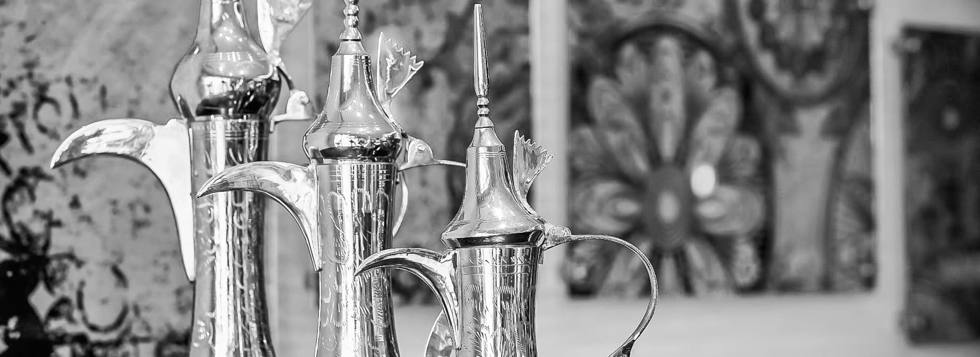 Dubai hotels near Airport with silver pots