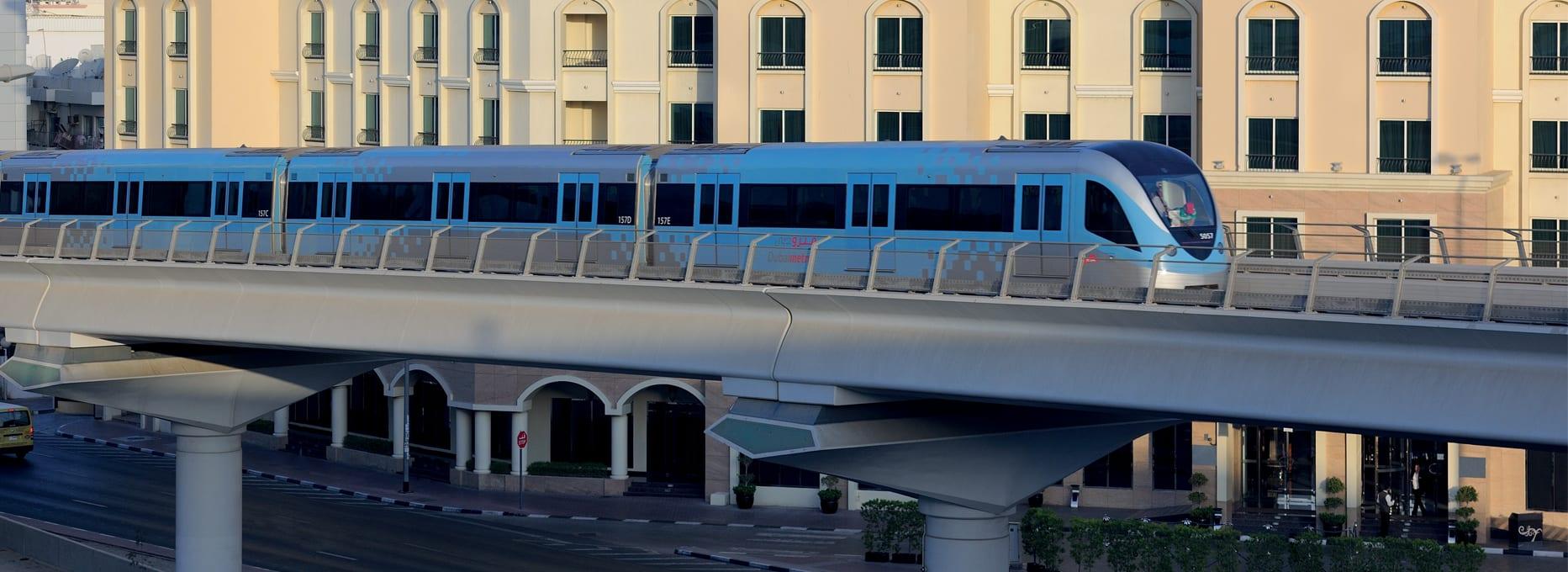VDDH Hotel Exterior - Metro