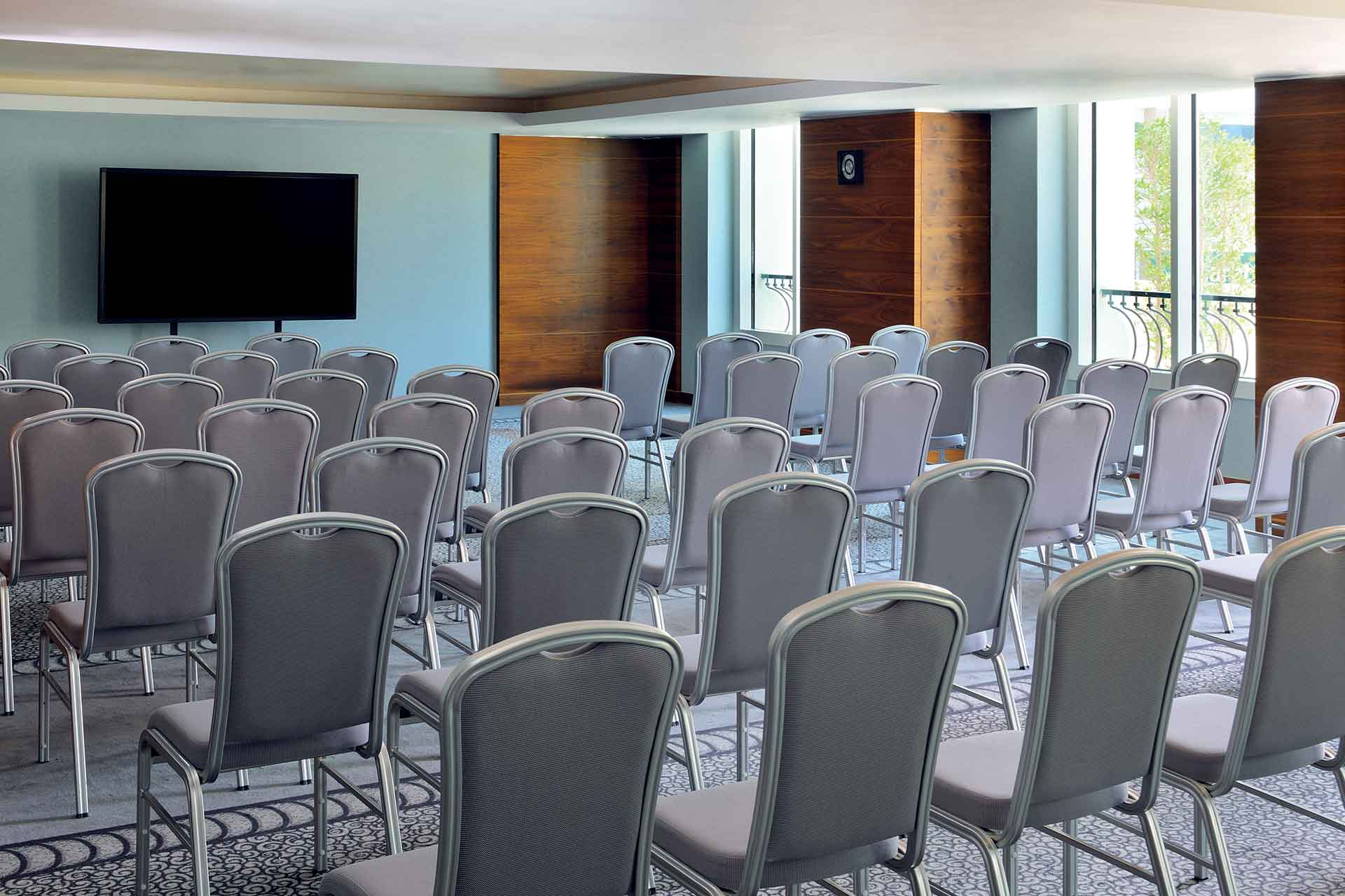 Theatre style seating arrangement at AVANI Deira Dubai