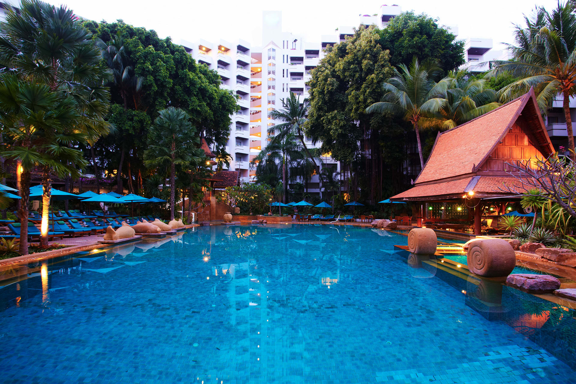 AVANI Pattaya Resort & Spa - Pool