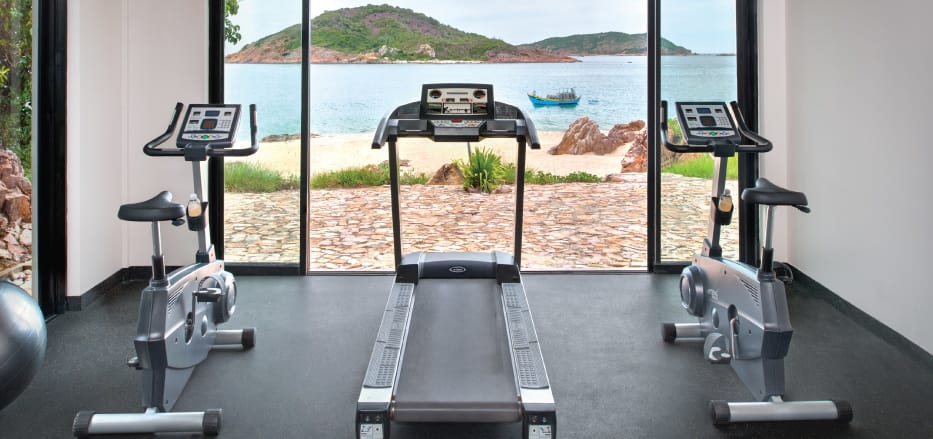 Gym with the lake view