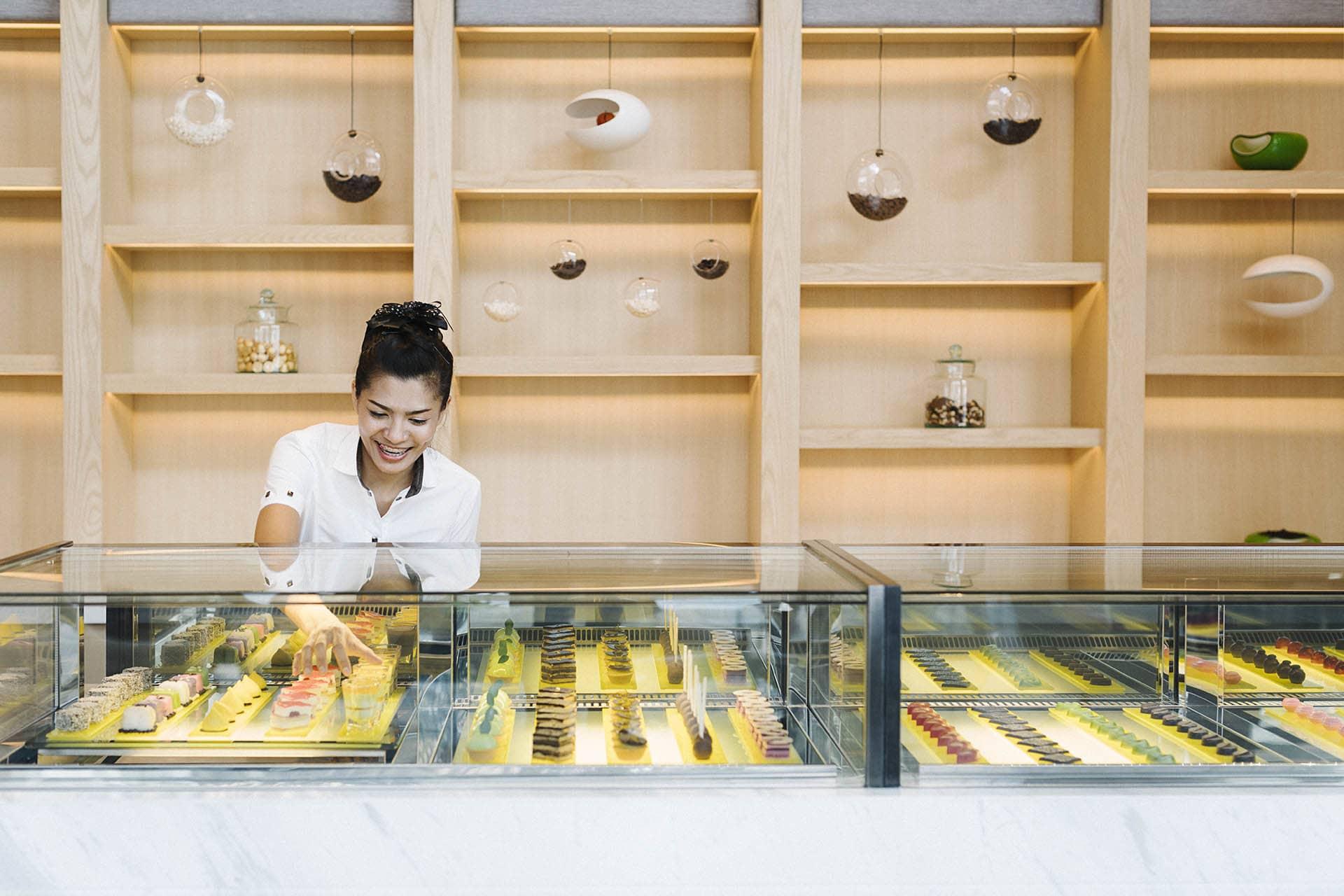 AVANI Riverside Bangkok Cake shop interior
