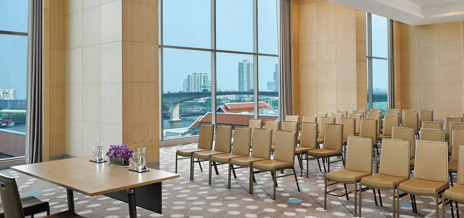 Meeting room with city view at a Business Hotel Bangkok