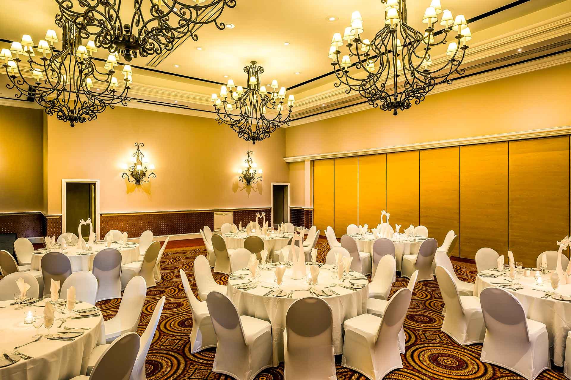 Celebrate weddings in Zambia in style at AVANI Victoria Falls